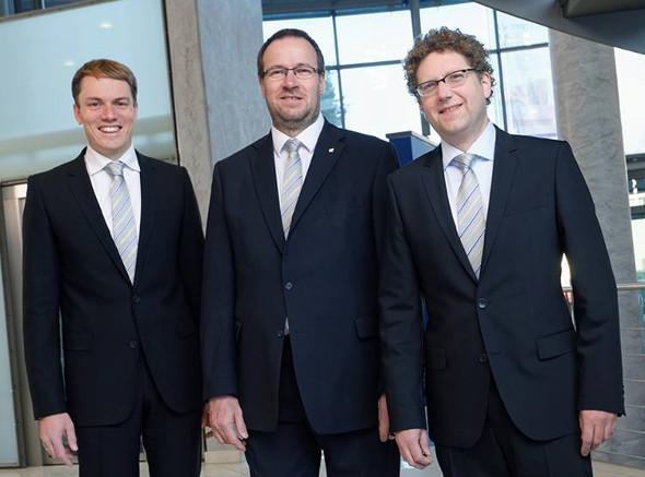 Das neue Führungstrio: (von links) Christian-Marius Metz, Vorsitzender der Geschäftsführung; Holger Kühn, Geschäftsführer Vertrieb; Dr. Robert Sänger, Geschäftsführer Technik (ab 1.1.2016).